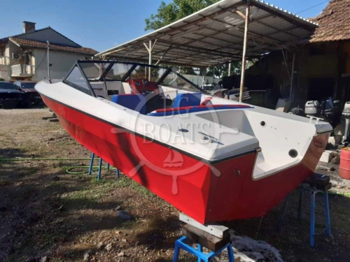 BGBOATS-Red-boat-630 (17)